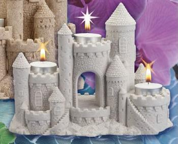 Sandcastle-candle-centerpiece-wedding-birthday-princess-holders7550.JPG (20757 bytes)