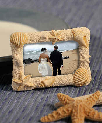 Wedding_beach_frame_favor_placecard_holder-frames6415.jpg (18670 bytes)
